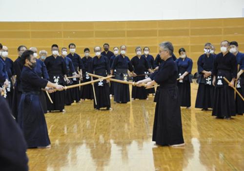 熊本県剣道連盟講習会の様子